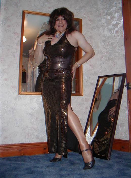 How do you like this skin clinging and sexy evening gown honey?!