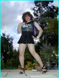 [Click to enlarge your favourite on-line tranvestite WebMistress - Miss Denise!]
